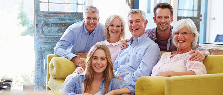 Как оформить завещание правильно? Какие виды завещания существуют? Можно ли лишить родственников наследства? Сколько стоит оформить завещание? Расскажут наши опытные юристы.