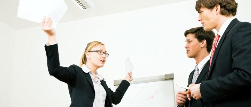 Что подразумевает под собой неустойка по договору оказания услуг? Как ее правильно рассчитать? Как подготовить претензию и исковое заявление о взыскании неустойки по договору оказания услуг? Читайте в нашей статье