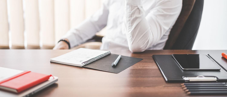 Как проходит процедура регистрации ИП в 2018 году? Какие документы нужно собарть и куда с ними обратиться, чтобы оформить ИП? Сколько стоит открыть свое дело? Наша пошаговая инструкция о регистрации ИП поможет начать свой бизнес.