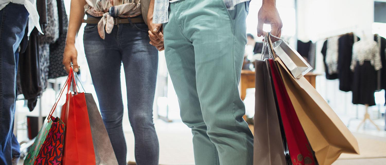 Как вернуть товар надлежащего качества? Можно ли вернуть деньги за него или только обменять на аналогичный? Что делать, если продавец отказывается принять товар надлежащего качества? Читайте в нашей статье.